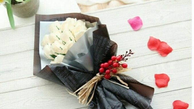 Hoa hồng sáp thơm giá bao nhiêu tiền
